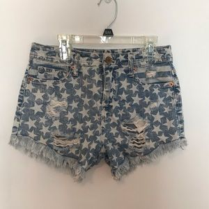 Mossimo Star Distressed Shorts ⭐️💫